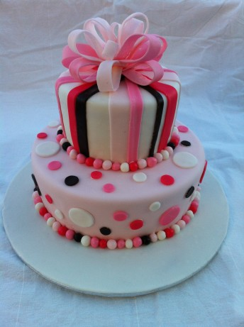 wedding cakes with icing not fondant rolled fondant recipe food 26044