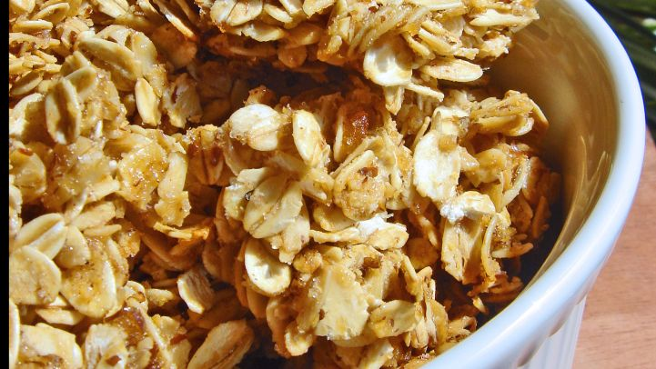 Best granola recipes genius kitchen oatmeal granola forumfinder Choice Image