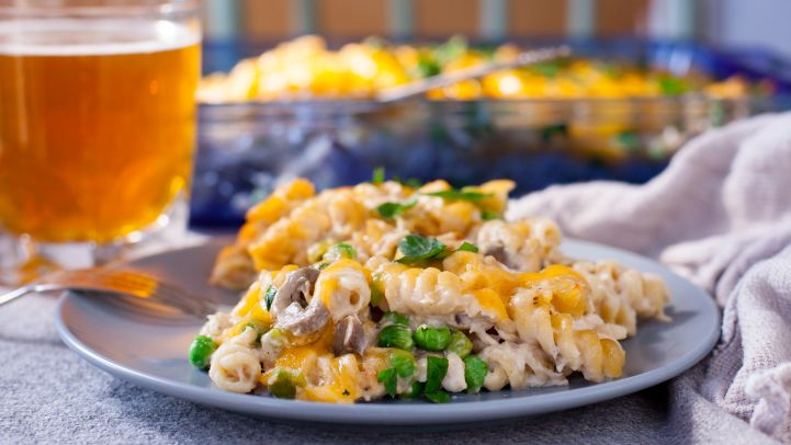 Light comfort food diet recipes genius kitchen healthy tuna casserole recipe forumfinder Images