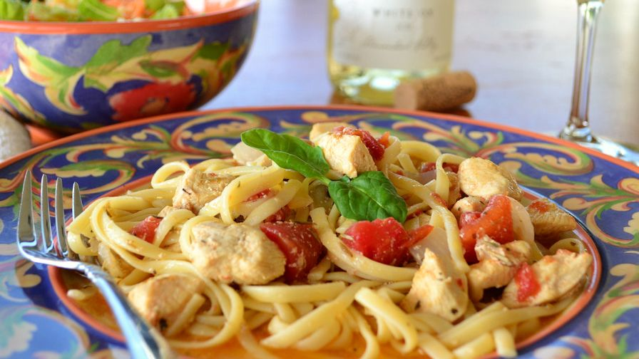 Chicken and pasta in white wine garlic sauce recipe genius kitchen 4 view more photos save recipe forumfinder Gallery