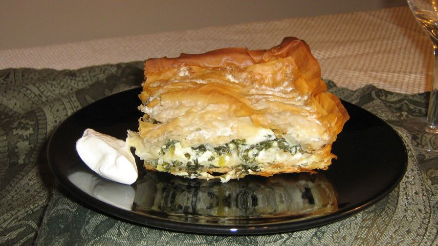 Bosnian pita phyllo pie with spinach filling recipe genius kitchen 1 view more photos forumfinder Images