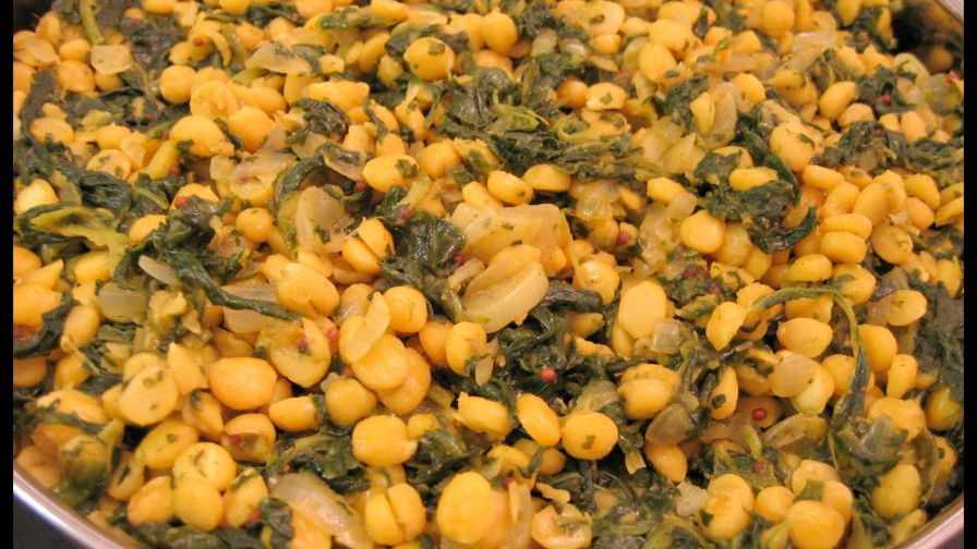 Chana dal yellow lentils with spinach recipe genius kitchen 2 view more photos forumfinder Image collections