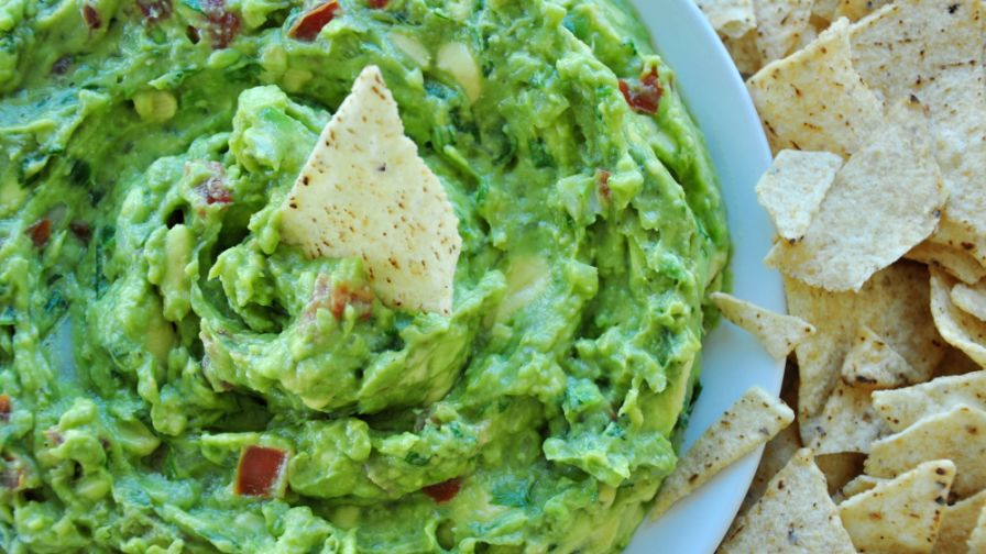 Guacamole real authentic mexican guac recipe genius kitchen 4 view more photos save recipe forumfinder Images