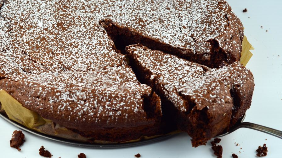 Flourless Chocolate Cake Recipe Genius Kitchen
