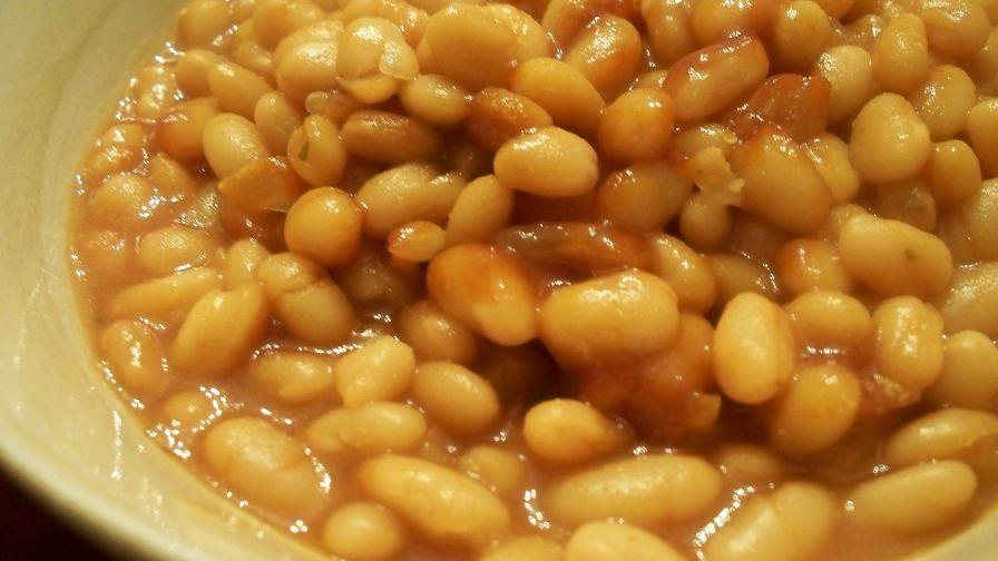 Kitchen Sink Baked Beans