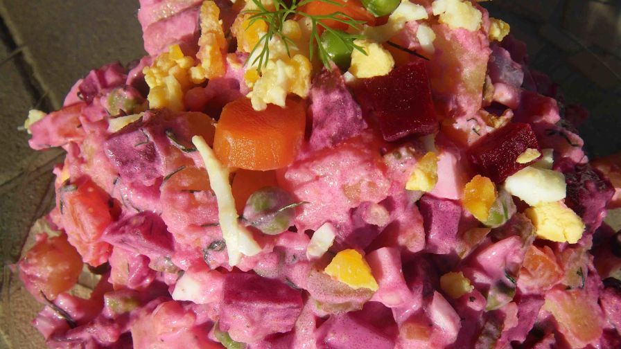 Lithuanian mixed vegetable salad darzoviu misraine recipe genius 4 view more photos forumfinder Choice Image