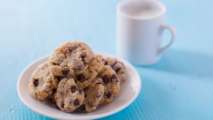 Easy bake oven secret chocolate chip cookies recipe genius kitchen 7 view more photos save recipe forumfinder Choice Image