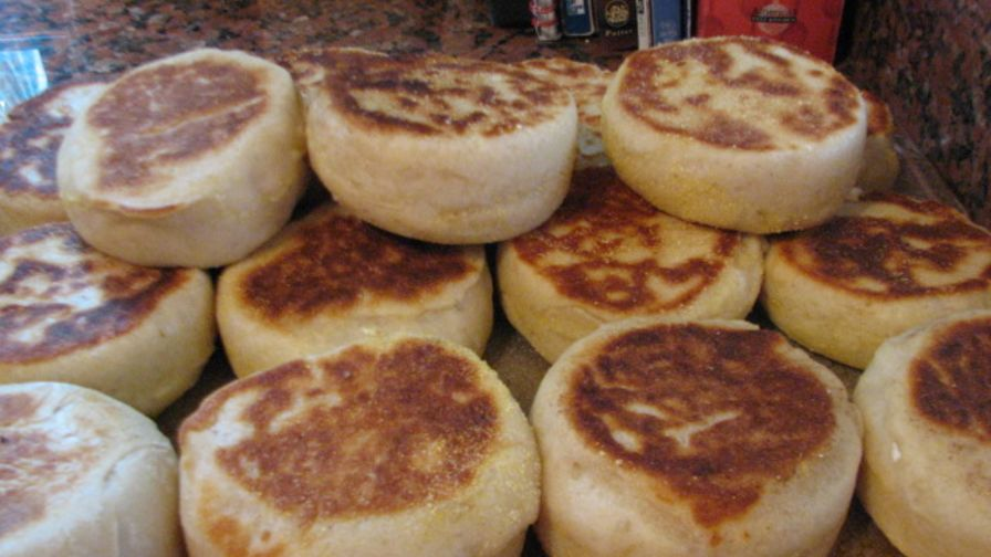 Sourdough english muffins recipe genius kitchen 18 view more photos save recipe forumfinder Image collections
