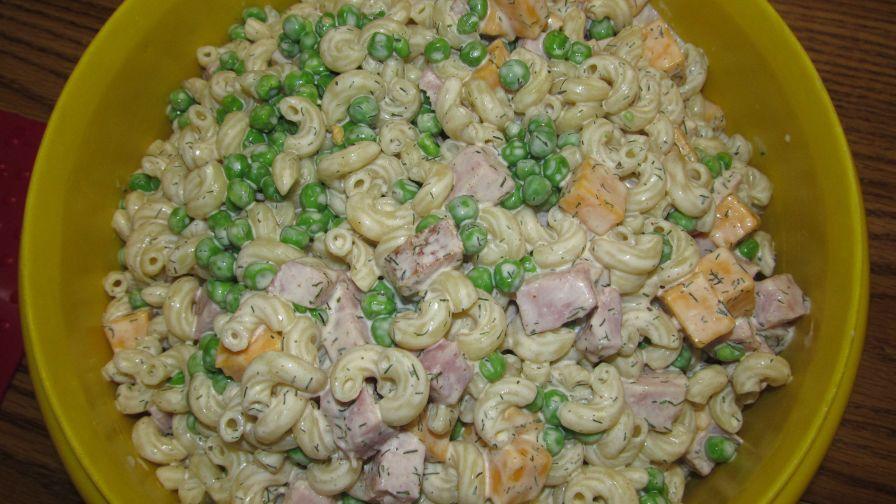 Pasta salad peas ham and cheese recipe genius kitchen 1 view more photos save recipe forumfinder Images