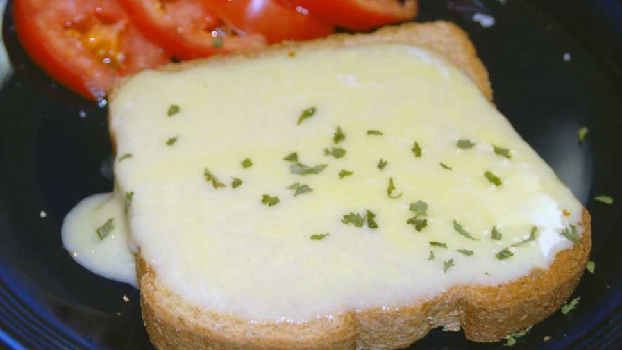 English Cheese Toast – Welsh Rarebit