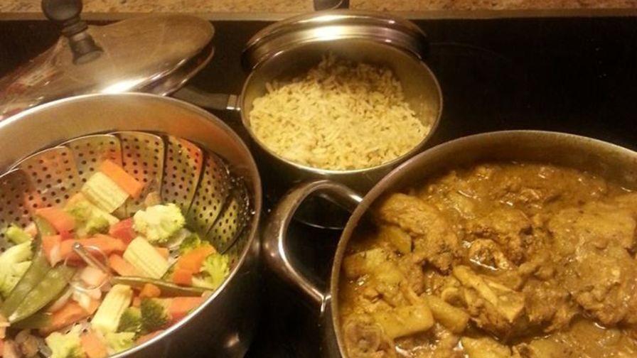Jamaican curry chicken recipe genius kitchen 2 view more photos forumfinder Image collections