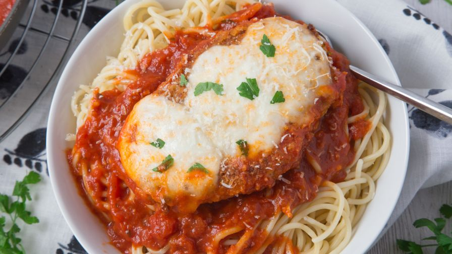 Chicken parmesan recipe genius kitchen 49 view more photos forumfinder Choice Image