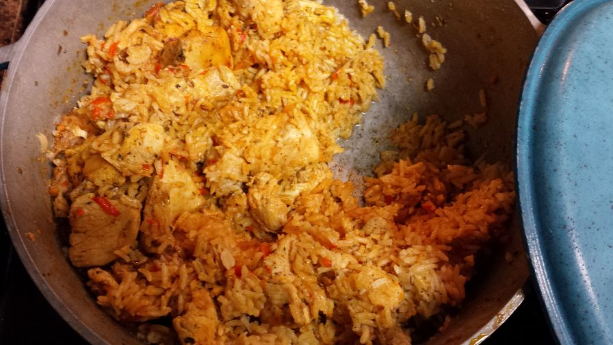 Arroz con pollo dominican style chicken and rice recipe genius 1 view more photos save recipe forumfinder Choice Image