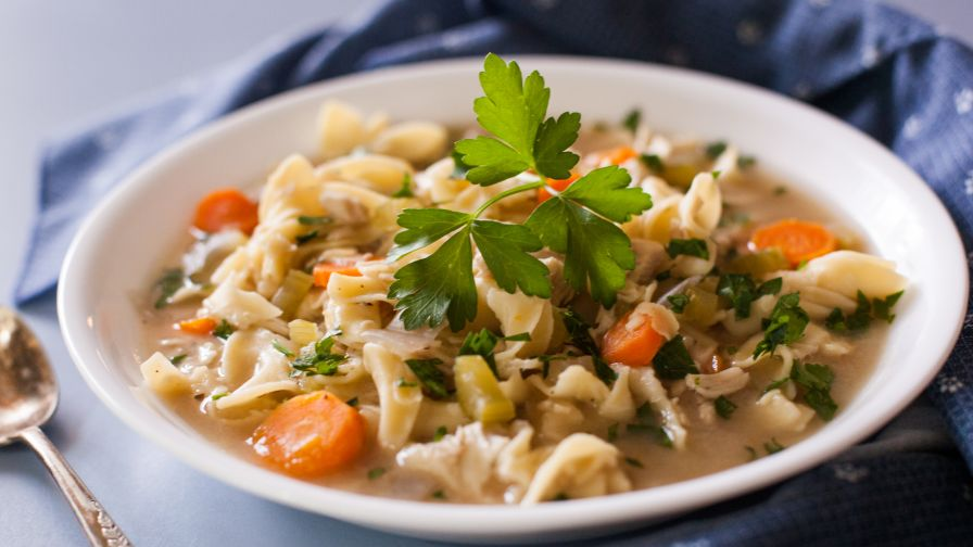 Slow cooker chicken noodle soup recipe genius kitchen 23 view more photos forumfinder Choice Image