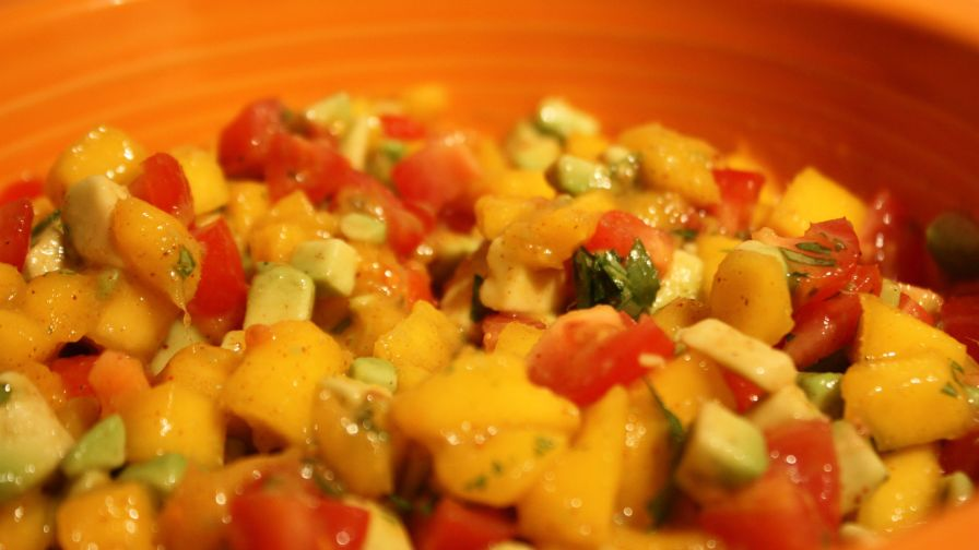 Honduran mango avocado salsa recipe genius kitchen 1 view more photos save recipe forumfinder