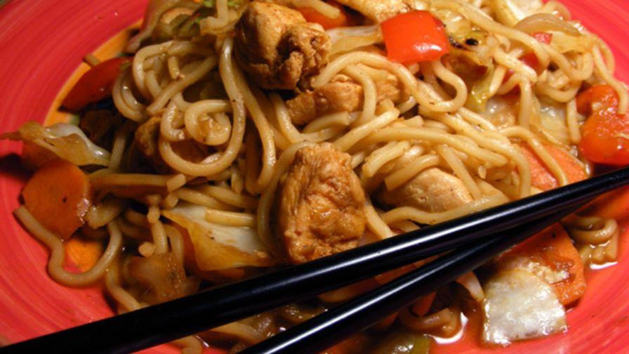 Yakisoba chicken recipe genius kitchen 8 view more photos save recipe forumfinder Choice Image