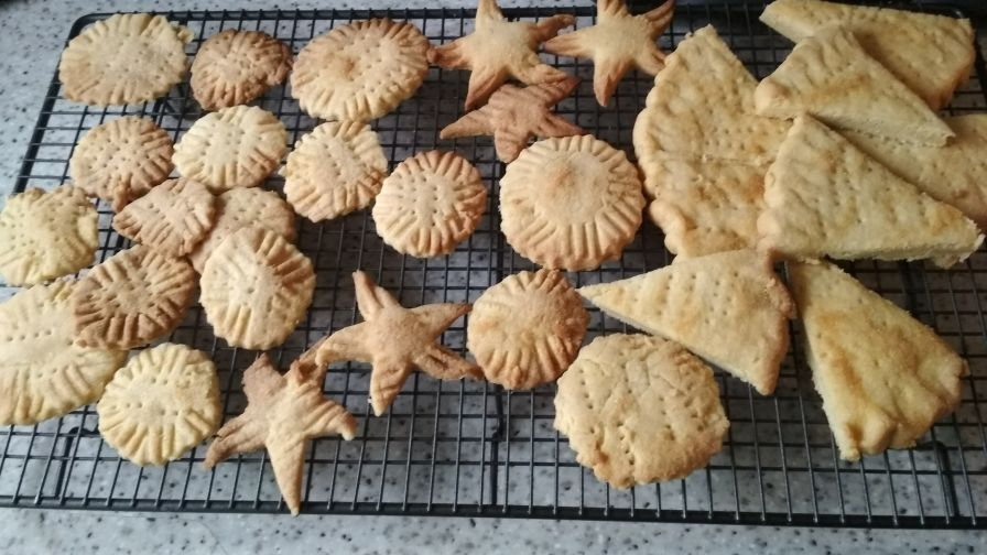Traditional rich scottish shortbread biscuits cookies recipe 7 view more photos save recipe forumfinder Image collections