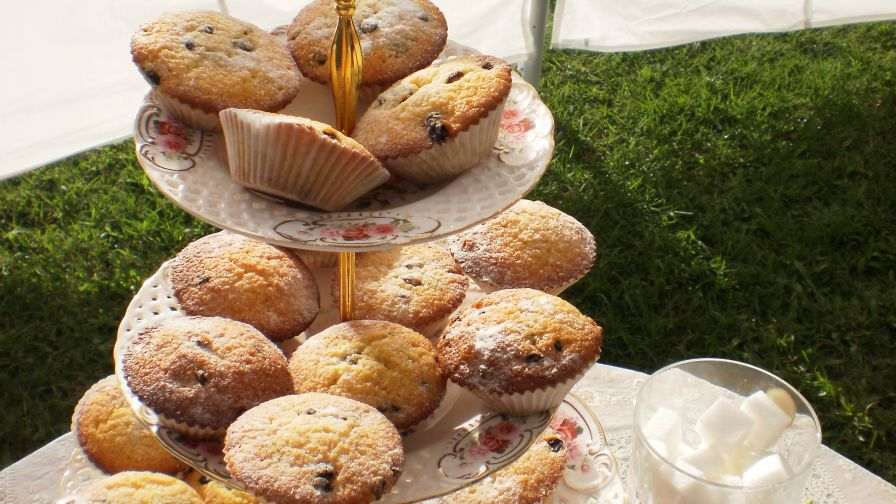 Regency queen cakes for jane austens afternoon tea party recipe 5 view more photos save recipe forumfinder Image collections
