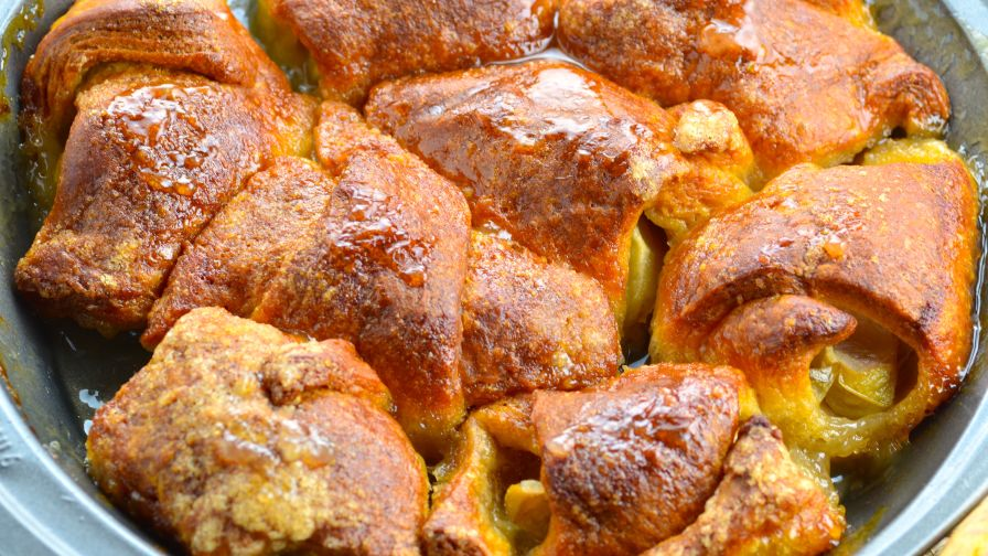 Pioneer woman apple dumplings recipe genius kitchen 5 view more photos save recipe forumfinder Images