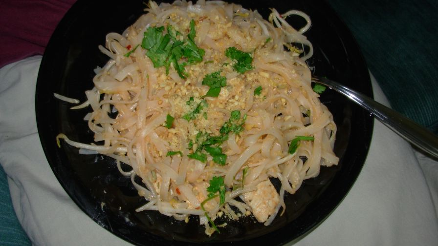 Pad thai recipe genius kitchen 1 view more photos save recipe forumfinder Choice Image