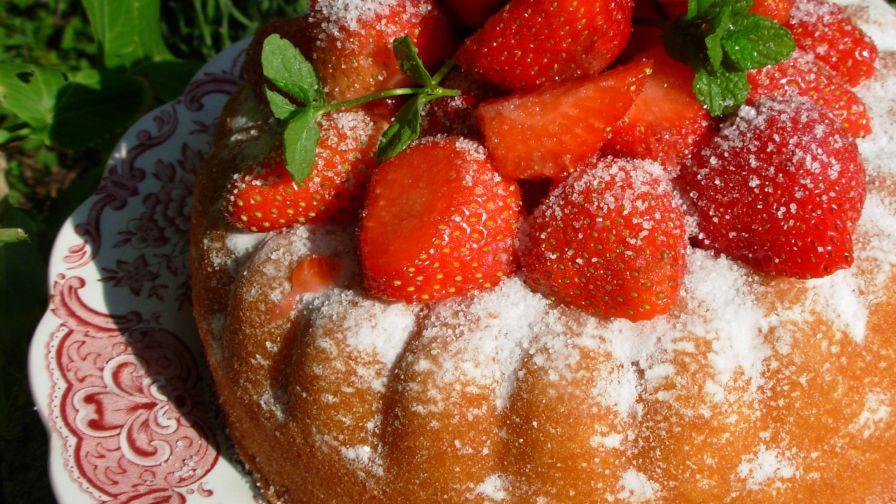 Austrian strawberry torte recipe bakingnius kitchen 5 view more photos save recipe forumfinder Image collections
