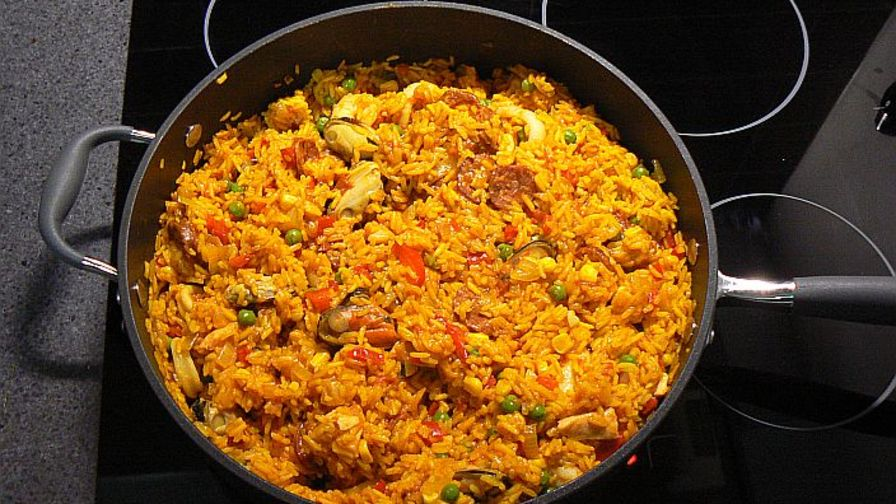 Seafood spanish rice recipe genius kitchen 1 view more photos forumfinder Gallery
