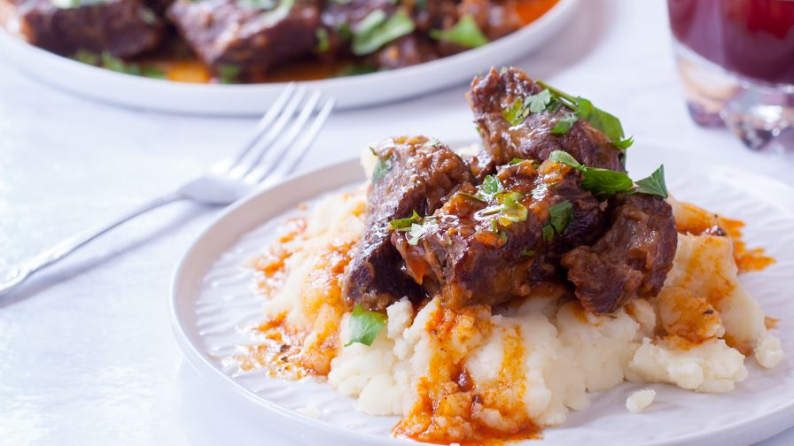 Slow cooker beef short ribs recipe genius kitchen 23 view more photos forumfinder Choice Image