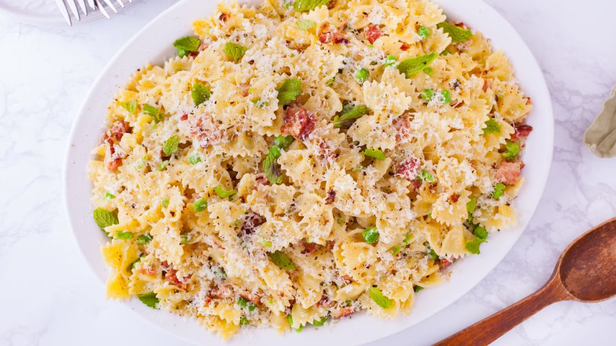 Jamie olivers pasta carbonara recipe genius kitchen 9 view more photos save recipe forumfinder Gallery