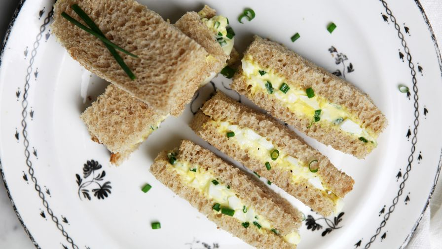 Dainty egg and chive tea sandwiches for tea time recipe genius kitchen 10 view more photos forumfinder Image collections