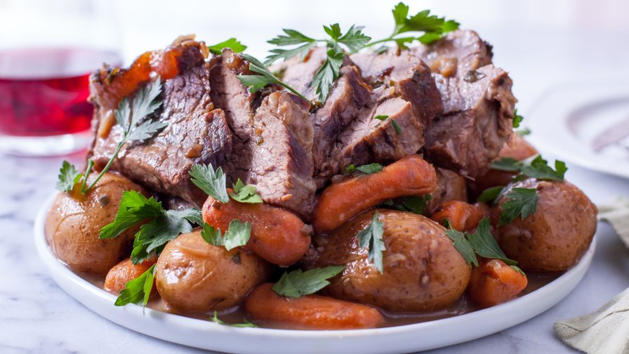 Crock pot beef roast recipe genius kitchen 7 view more photos forumfinder Choice Image