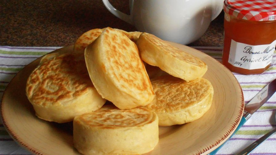 Old fashioned home made english crumpets for tea time recipe 7 view more photos save recipe forumfinder Choice Image