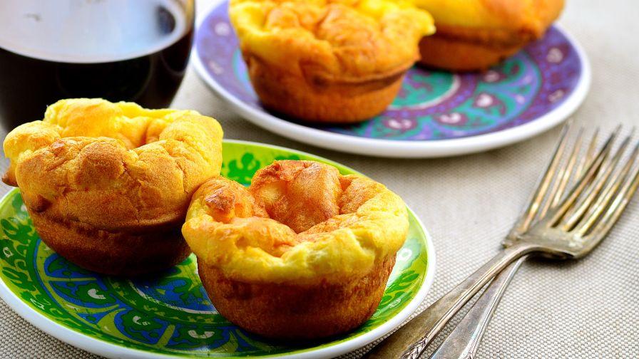 Gordon ramsays yorkshire pudding recipe genius kitchen 27 view more photos forumfinder Images