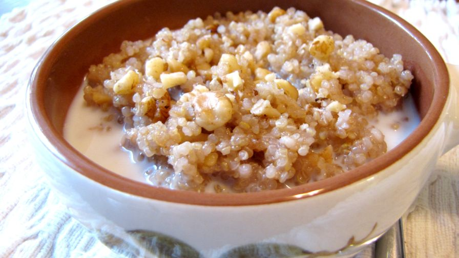 Maple walnut hot cereal with quinoa recipe low cholesterolnius 3 view more photos save recipe ccuart Images