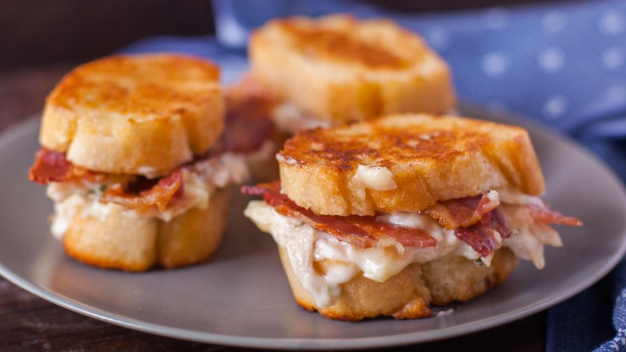 Chicken and bacon pan fried sandwich recipe genius kitchen 5 view more photos save recipe forumfinder Images
