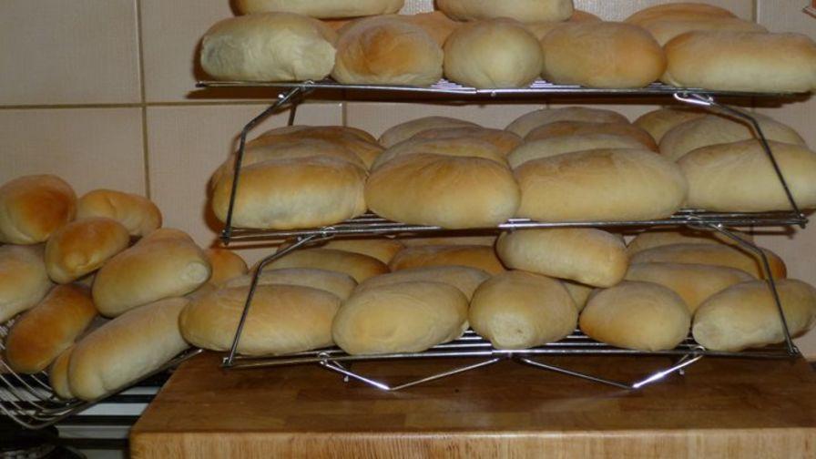 Piragi latvian bacon rolls recipe genius kitchen 2 view more photos forumfinder Images