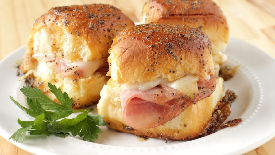 Sweet ham and swiss sliders recipe genius kitchen 5 view more photos save recipe forumfinder Images