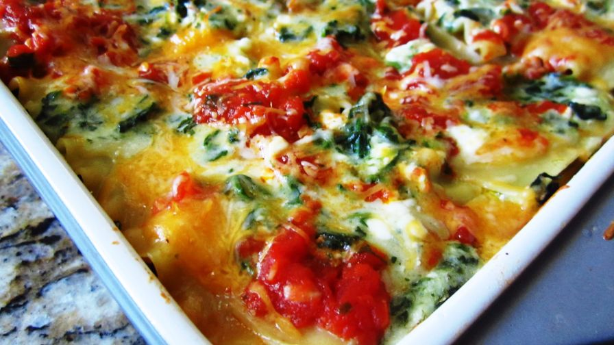 Four cheese and spinach lasagna from food network kitchens recipe 2 view more photos save recipe forumfinder Images