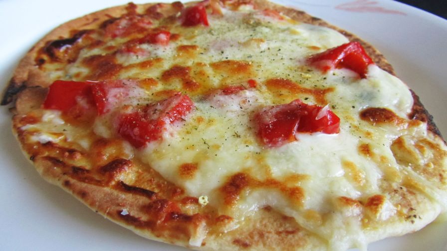 Naan Flatbread Pizza Recipe