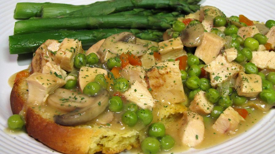 Rachael rays long live the chicken a la king recipe genius kitchen forumfinder Images