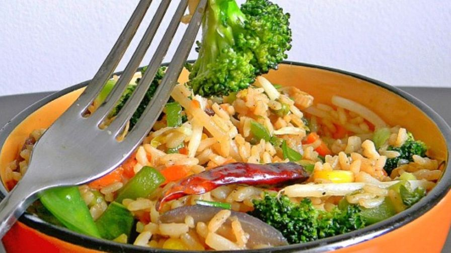 Chinese vegetarian fried rice recipe genius kitchen 1 view more photos forumfinder Choice Image
