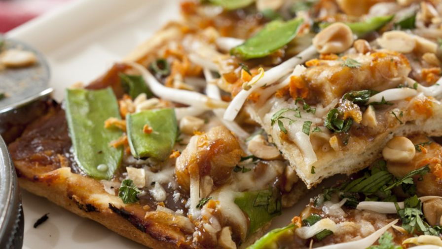 California Pizza Kitchen Thai Chicken Pizza Recipe - Genius Kitchen