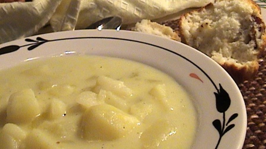 Old Fashioned Leek And Potato Soup Slow Cooker Recipe