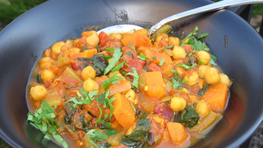 Sweet potato curry with spinach and chickpeas recipe genius kitchen 16 view more photos save recipe forumfinder Gallery