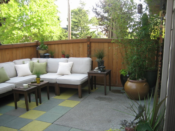 Information About Rate My Space | Questions for HGTV.com ... on Townhouse Patio Design Ideas id=85538