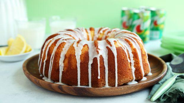 7-Up Bundt Cake