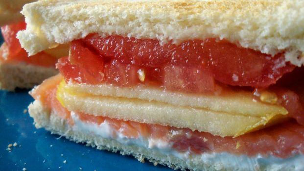 Smoked Salmon & Philadephia Sandwich