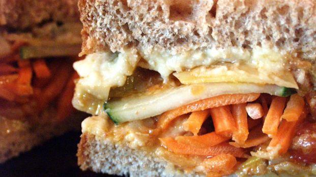 Hummus Vegetable Sandwich